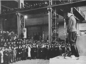 Using a new Tiger I as a platform, Wittmann makes a speech to the workers at the Henschel factory in Kassel, 16th April 1944