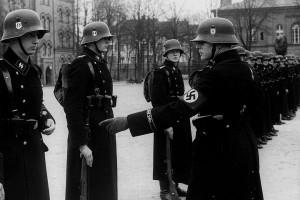 Drill at the Lichterfelde Barracks in Berlin. Note the special cuff band on the man on the right