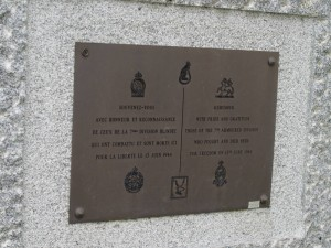 The memorial at the junction of Boulevard du 13 Juin 1944 and Rue Georges Clemenceau
